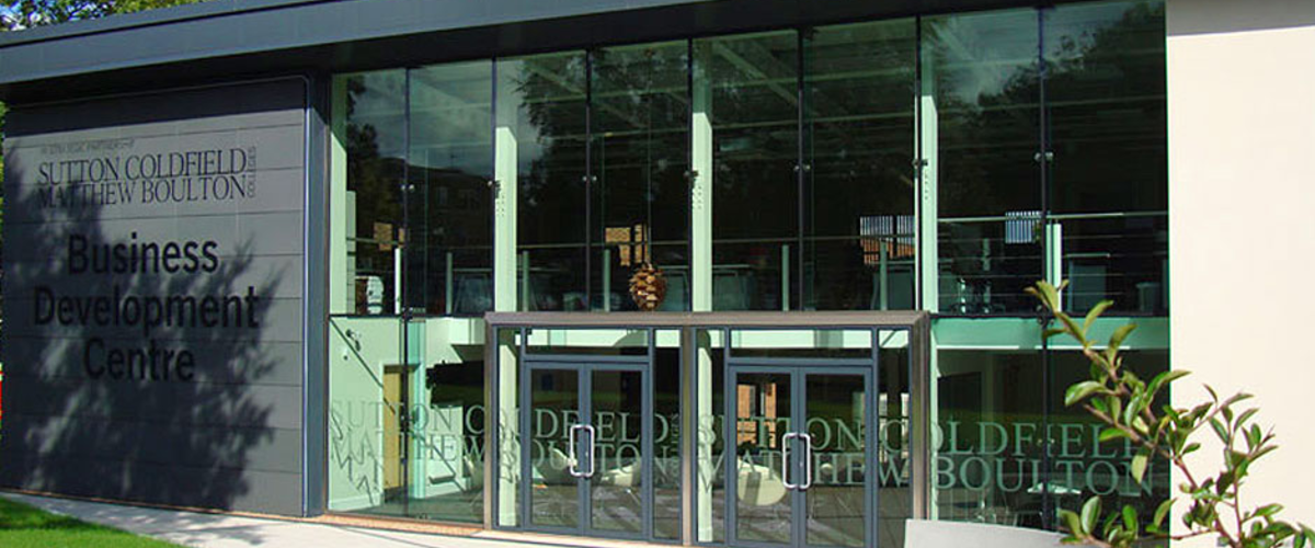 Bolted glass facade for Bimingham College